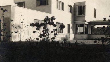 Becker House 2
