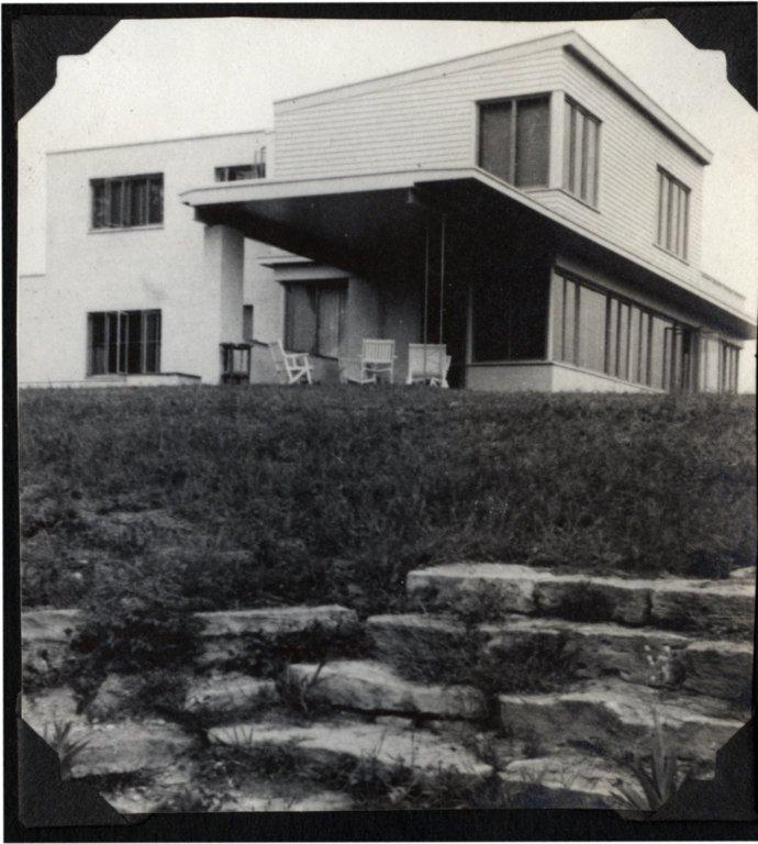 Becker House 3